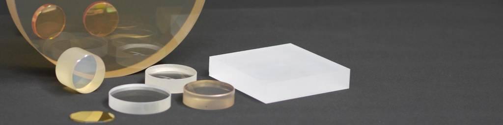 OTéO Optics Tous matériaux - Optics Etude et Réalisation Optique - Fabricant d'optiques de précision -Sic -Sic 4H - Silice - ZnSe - Du prototype au récurrent - Miroir - hublot - prisme - sphere-Tous verres - Tous cristaux : fluorine - quartz - tous métaux - inox - Cu - Etain - SiC et composés Tous matériaux infra-rouges : ZnSe - ZnS -Ge - Silicium - UV - MgF2 - CaF2 - Sic - Zérodur - OTéO Optics - Système optique - Systèmes optiques - Optique de précision - formule optique - fabricant optique - Lentille optique - Polissage optique - Formation Optique - Formation Ingénieur(e) - Polissage de qualité - Polissage de haute qualité - banc de mesure - Systèmes optiques - Design optique - Optique médicale - vision industrielle - optomécanique - Prisme - Lentilles optique - Lentille optique - Sic 4H - Hublot - Miroir optique - Sic - Silicium - Germanium - Quartz - ZnS - ZnSe - CUW - Cuivre - Mgf2 - Caf2 - BaF2 - Lif - composant optique - Etude optique - Fluorine - Sphériques - Cylindriques – Photométrie - optique de qualité - verre optique - ingenieur optique - ingénieur optique - contrôle optique