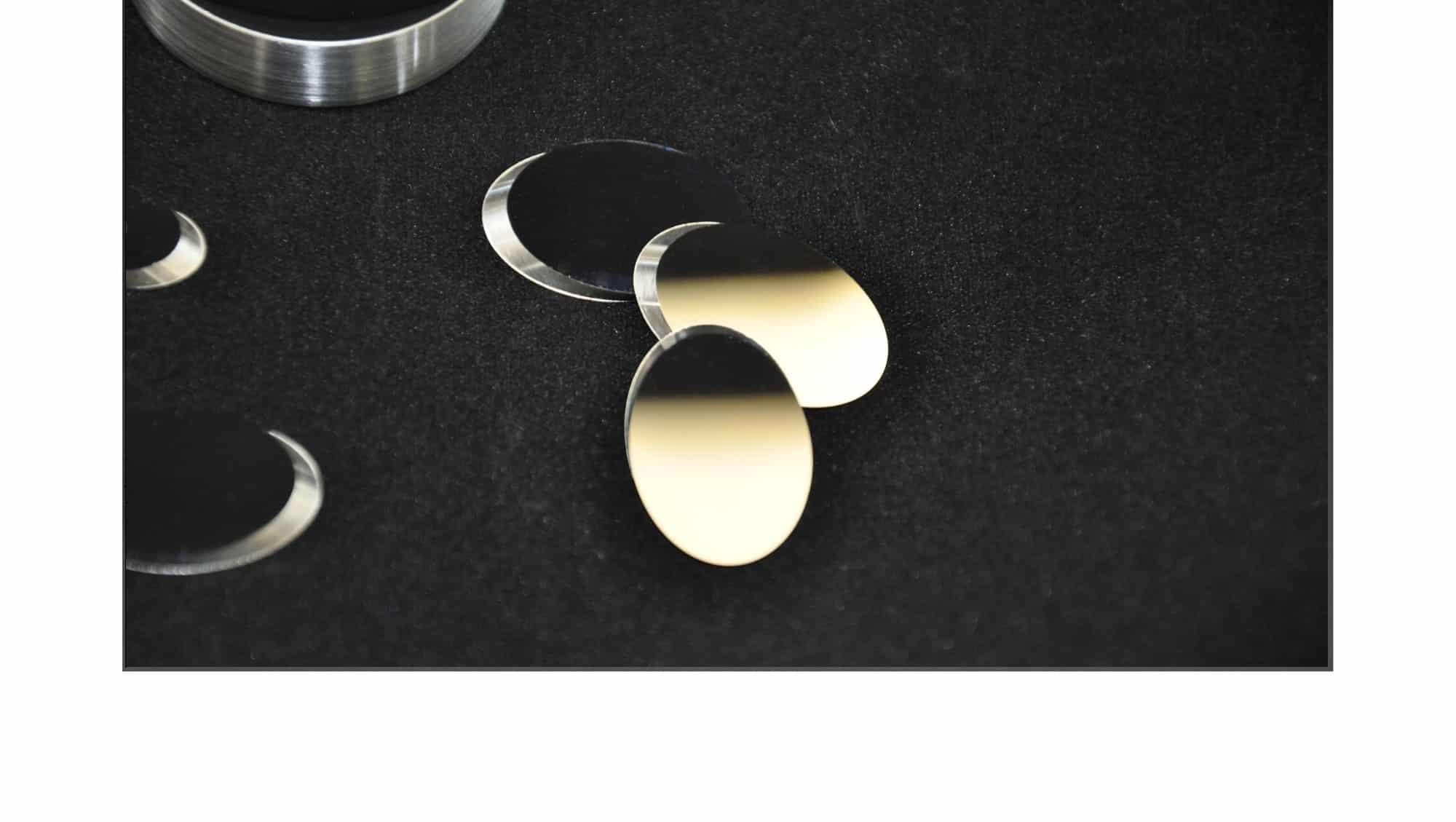 Miroir Inox OTéO - Prisme - Lentilles optique - Lentille optique - Sic 4H - Hublot - Miroir optique - Sic - Silicium - Germanium - Quartz - ZnS - ZnSe - CUW - Cuivre - Mgf2 - Caf2 - BaF2 - Lif - composant optique - Fluorine - Sphériques - Cylindriques – Photométrie - optique de qualité - verre optique - contrôle optique