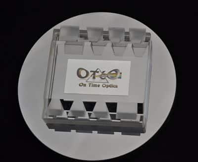 Adhérance-Moleculaire-Prisme-Optique-Optique-de-Précision-OTéO-Optics_opt.jpg