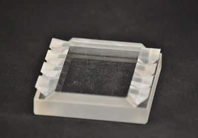 Adhérance-Moleculaire-Prisme-Optique-Optique-de-Précision-Opto-Mecanique-OTéO-Optics_opt-1.jpg