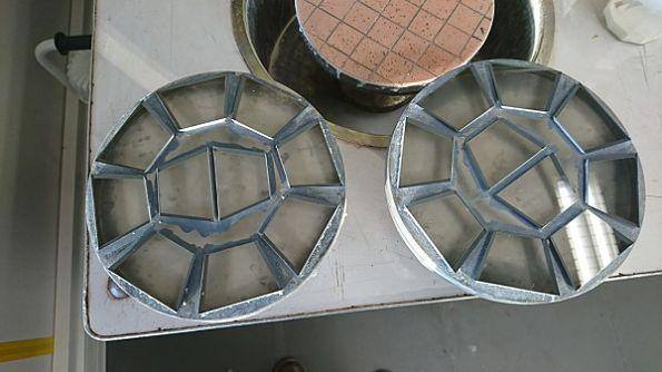 deux-blocs-de-hublots-polissage-optique.jpg